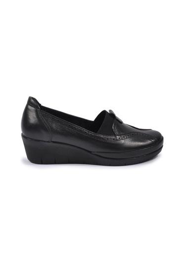 Ayakmod 888 Siyah Kadın Hakiki Deri Günlük Ayakkabı Siyah